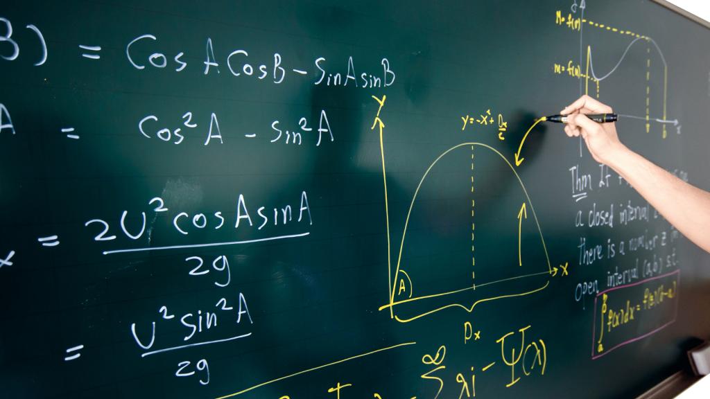 Maths HEC/ESSEC 2020 voie S – Copie d'Iliass (17,8/20)